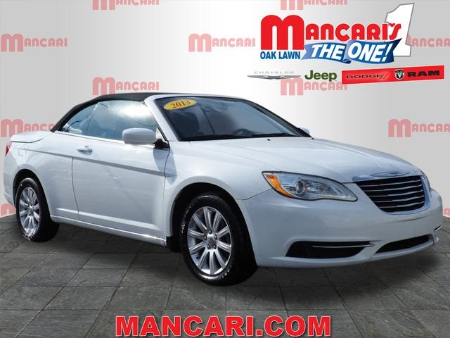 Pre-Owned 2013 Chrysler 200 Touring