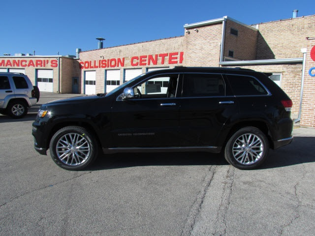 new 2018 jeep grand cherokee summit sport utility in oak lawn 5171j 8 mancari 39 s chrysler. Black Bedroom Furniture Sets. Home Design Ideas