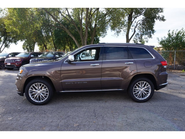 new 2018 jeep grand cherokee summit sport utility in oak lawn 5037j 8 mancari 39 s chrysler. Black Bedroom Furniture Sets. Home Design Ideas