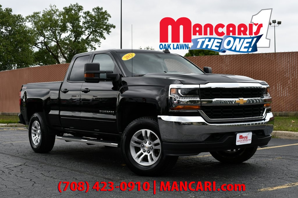 Pre-Owned 2017 Chevrolet Silverado 1500 LT - ONE OWNER 4X4 BACKUP CAMERA TOW HITCH