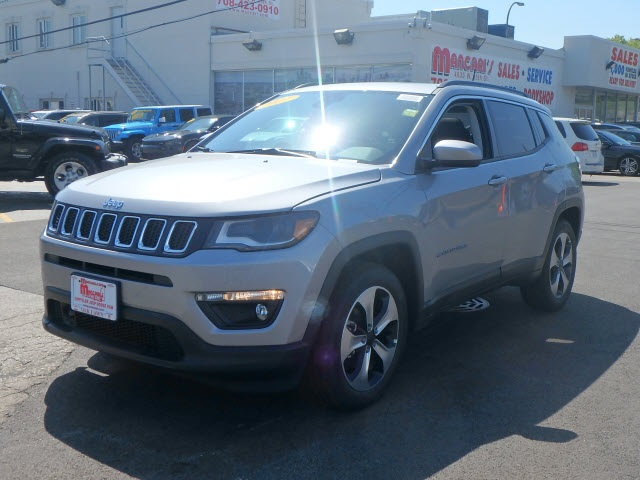 Amato New 2017 Jeep Compass Latitude Sport Utility in Oak Lawn #66026J-7  RB99