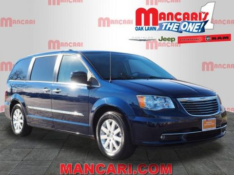 Certified Pre-Owned 2016 Chrysler Town & Country Touring - One Owner TV/DVD BackUp Camera