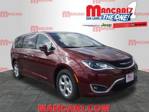 New 2018 Chrysler Pacifica Hybrid Touring Plus